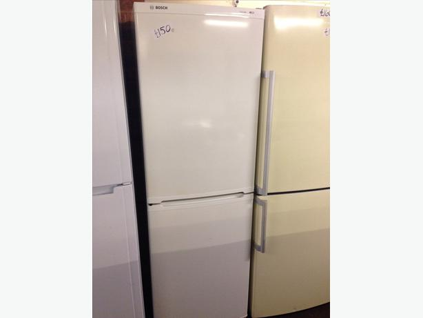 BOSCH FRIDGE FREEZER WHITE3