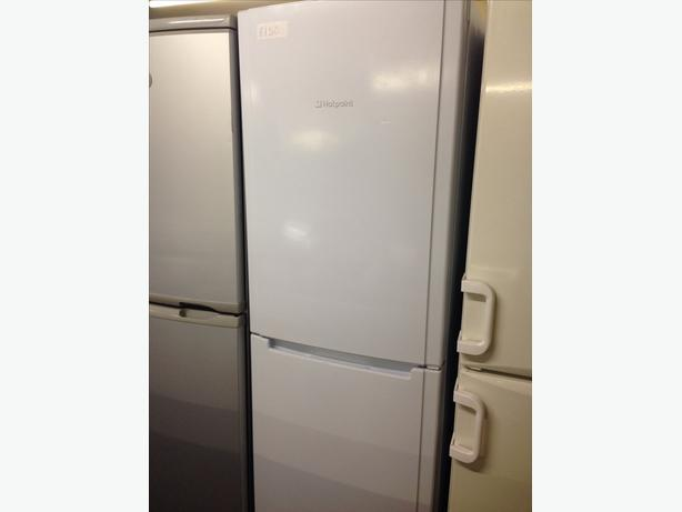 TALL WHITE HOTPOINT FRIDGE FREEZER