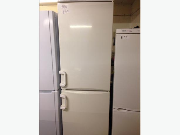 MIELE FRIDGE FREEZER 4 DRAWERS