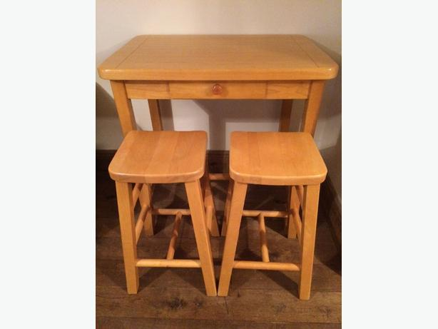 Malaysian Oak breakfast table & stools