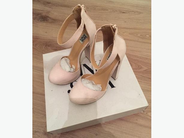 pink soda heels
