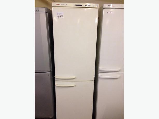 BOSCH FRIDGE FREEZER4