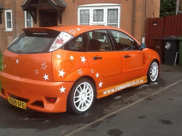 OVNO FORD FOCUS IN ST ORANGE BODY KIT ALLOYS SELL TRY ME ?