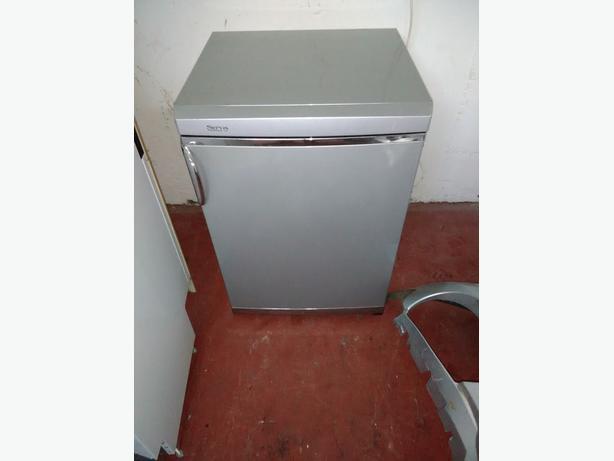 service fridge