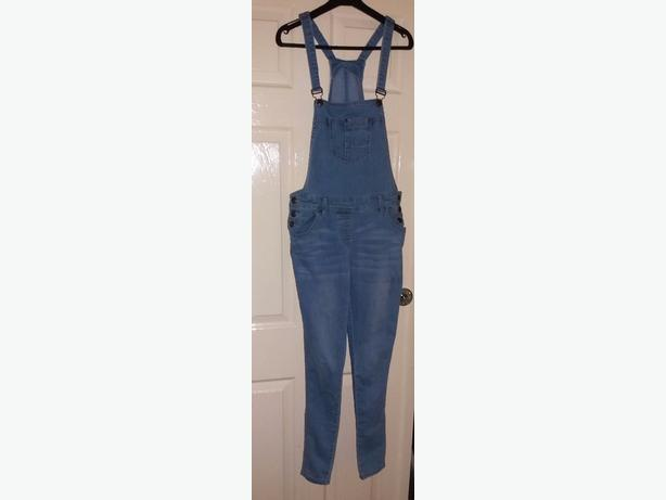 SIZE 10 DUNGAREES