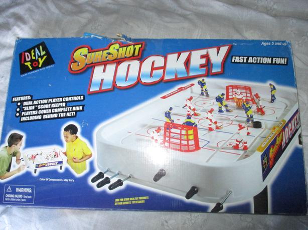 SURE SHOT ICE HOCKEY GAME