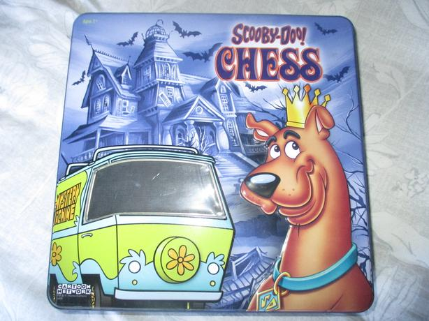 Scooby doo chess set