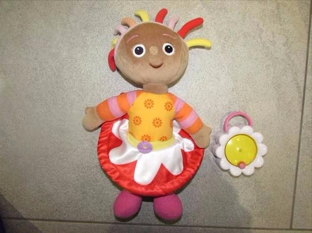 "HASBRO IN THE NIGHT GARDEN GOOD NIGHT FRIEND UPSY DAISY 12"" WITH LAMP!"
