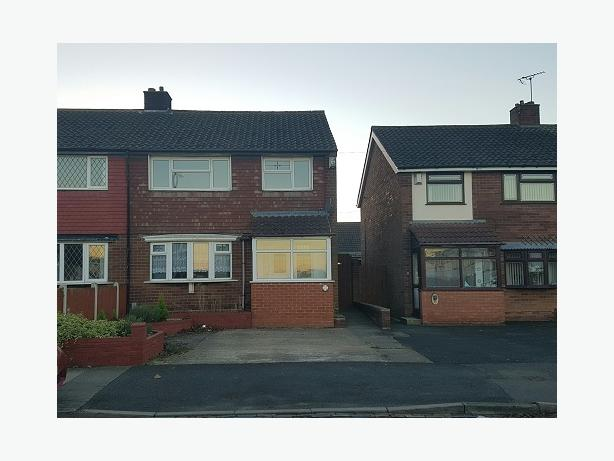 *BCH*-3 Bedroom Semi Detached House-Shelsley Avenue, OLDBURY