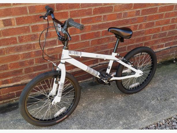 ZINC HONOR BMX BIKE