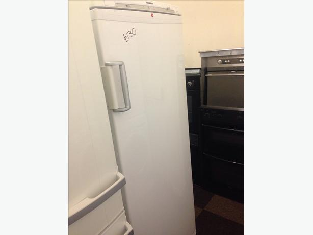 HOOVER WHITE FREEZER 7 DRAWERS