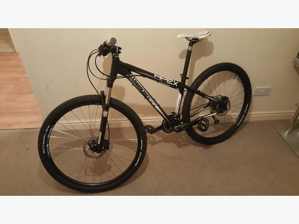 Diamondback Apex 29er mountain bike