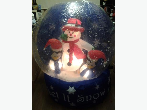 Christmas Inflatable 4ft Snow Globe Self Inflates With, Snowman & 2 penguins