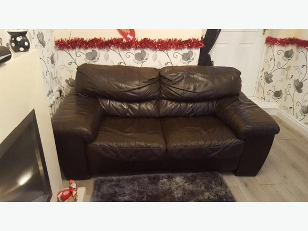 brown leather 3 seater and 2 seater