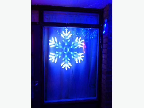 Christmas light snowflake