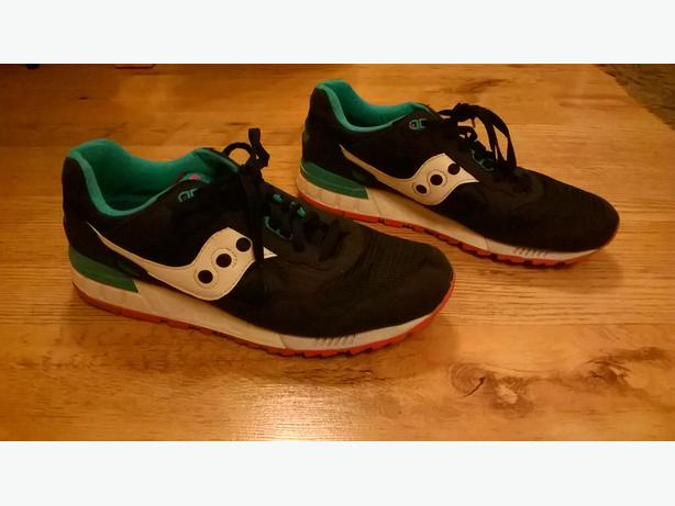 Mens Saucony trainers.