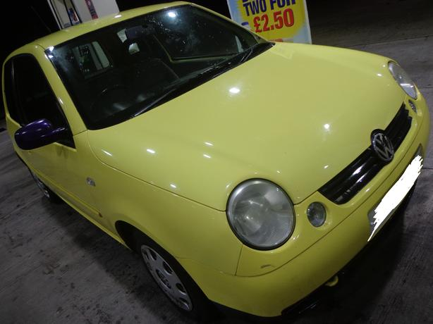 2002 special edition yellow volkswagon lupo 1.4s DRIVEAWAY OR DELIVERY