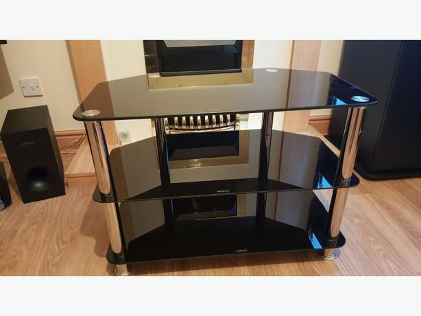 28 inch TV Stand
