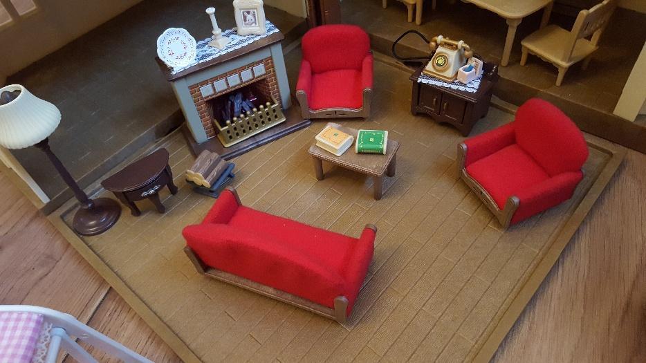 Sylvanian families bundle rowley regis dudley for Sylvanian families beauty salon dressing table