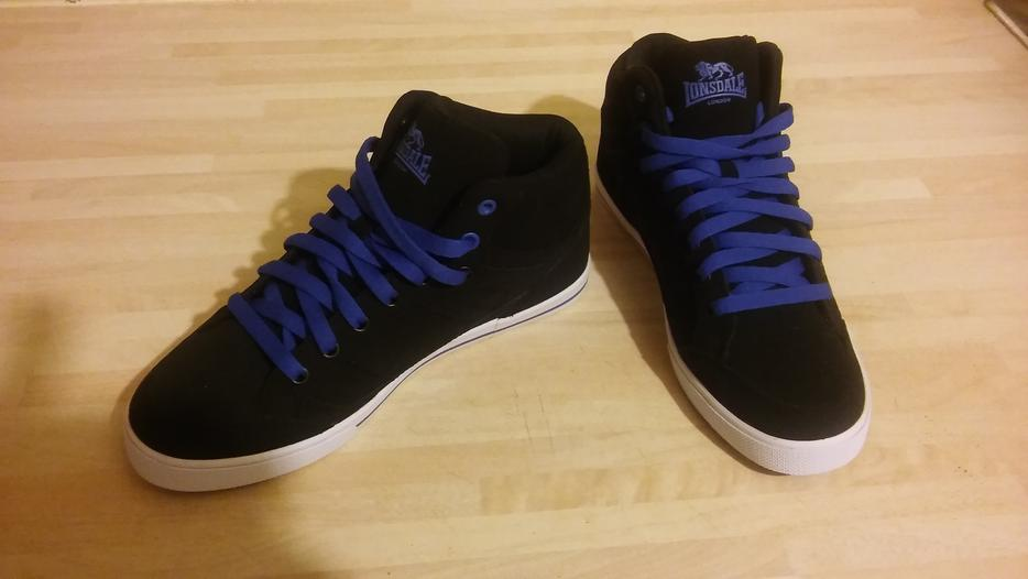 Lonsdale Trainers Brand New Size 5 Walsall Wolverhampton