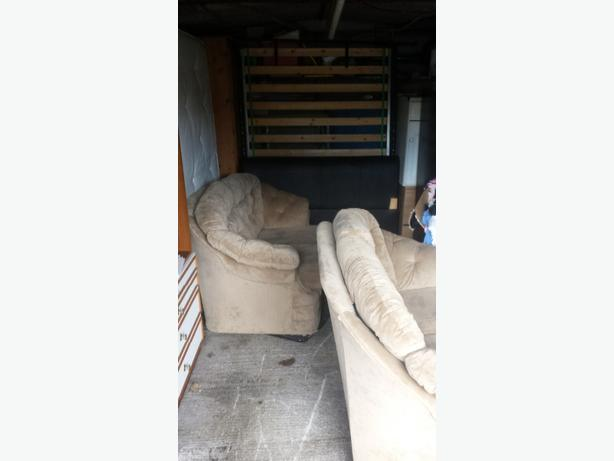 2x 2seaters settees60 ono