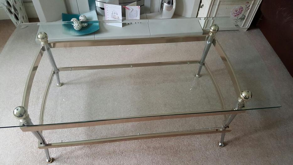 Beautiful Set Of 3 Expensive Glass Coffee Tables Pendeford Wolverhampton Wolverhampton