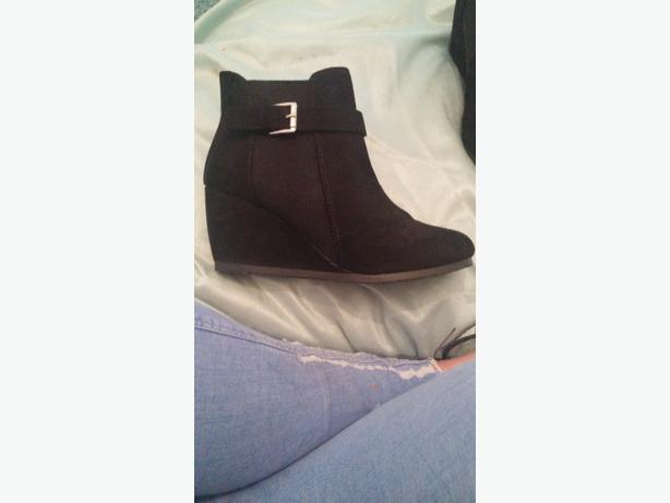 small wedge black boots kingswinford wolverhton
