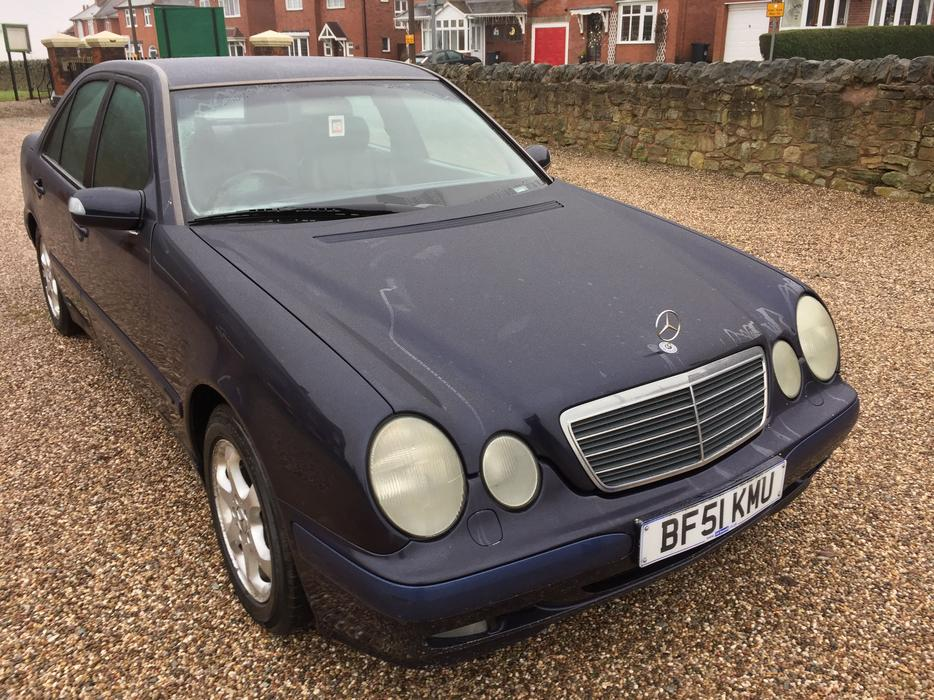 2001 51 mercedes e class e220 cdi classic part exchange available dudley wolverhampton. Black Bedroom Furniture Sets. Home Design Ideas