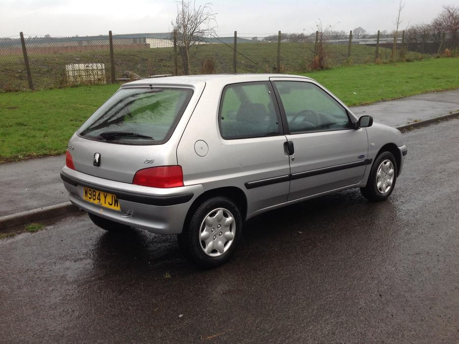 best buy car remote starts with Peugeot 106 11 Xl Zest 3 2000 3dr 59000mls Excellent Condition Mot 280617 25382207 on Car Gps Tracking Kit besides Best Car Speaker Wire additionally 54 Reg Top Spec Renault Clio 11 Dynamique MottaxFREE DELIVERY 24979744 moreover Best Car Speakers And  s additionally YSEq1Gtg Q.