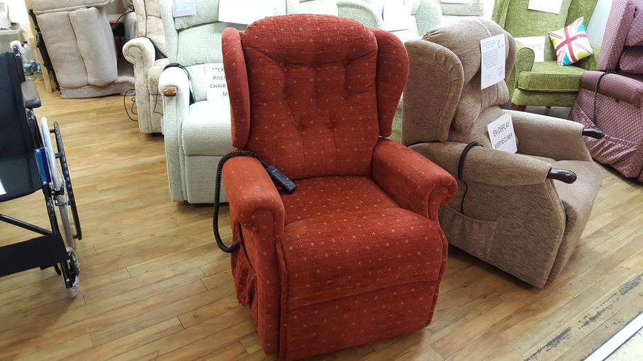 Ex Demo Sherborne Lynton Riser Recliner Chair DUDLEY Dudley