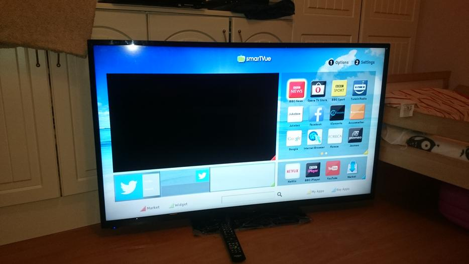 Hitachi 50 inch LED SMART TV with WiFi, smartphone control ...