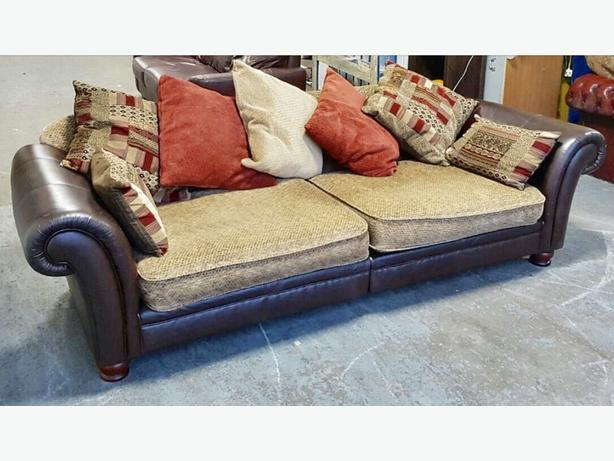 Rrp 1500 Stunning Dfs Perez 4 Seater Leather Fabric Sofa We Deliver Smethwick Sandwell