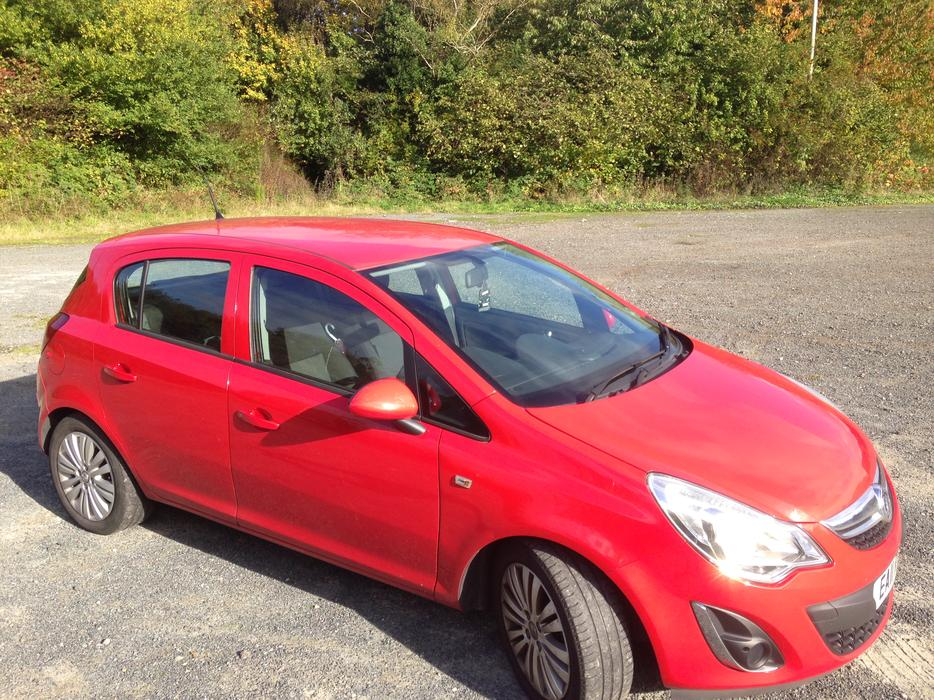 2 700 vauxhall corsa 1 2 i 16v excite 5dr stourbridge dudley. Black Bedroom Furniture Sets. Home Design Ideas