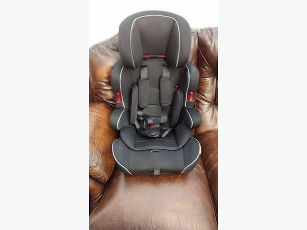 Halfords Car Seat group 123