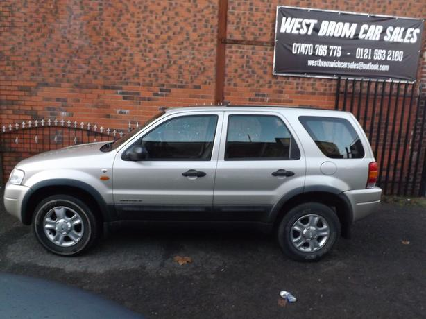 ford maverick 4x4 automatic petrol full service history mint condition west bromwich. Black Bedroom Furniture Sets. Home Design Ideas