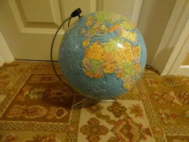 Ravensburger Around the world puzzle ball