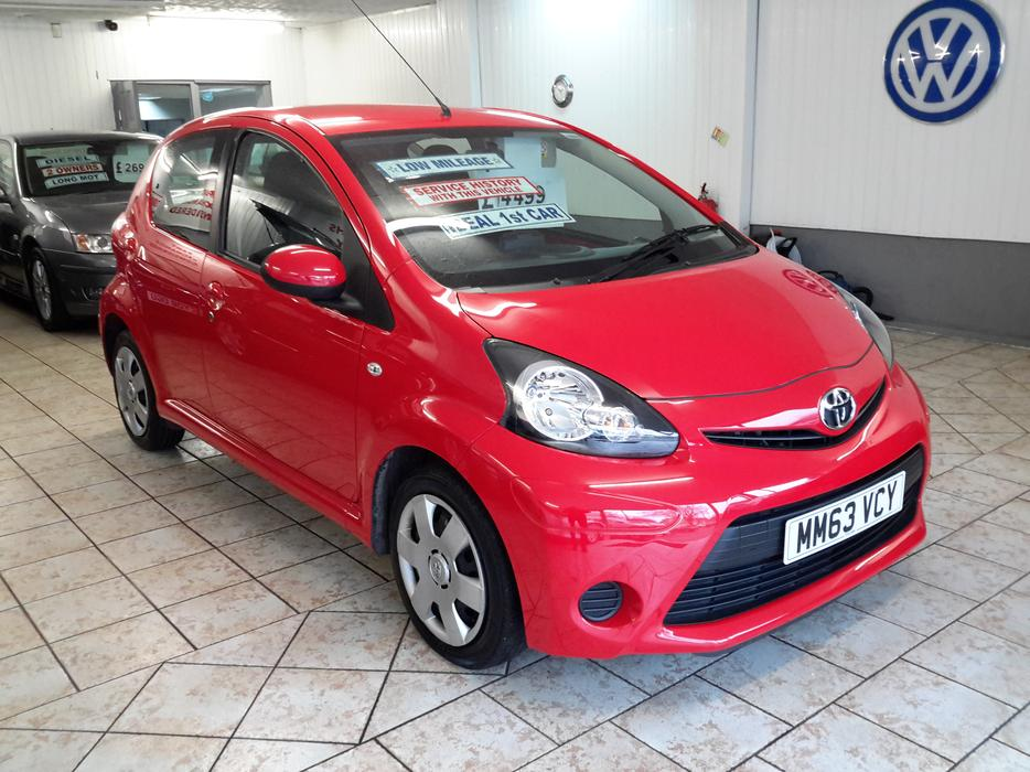 Aygo Vvt I Move 2014 Touch Screen Sat Nav Amp Air Con Mint