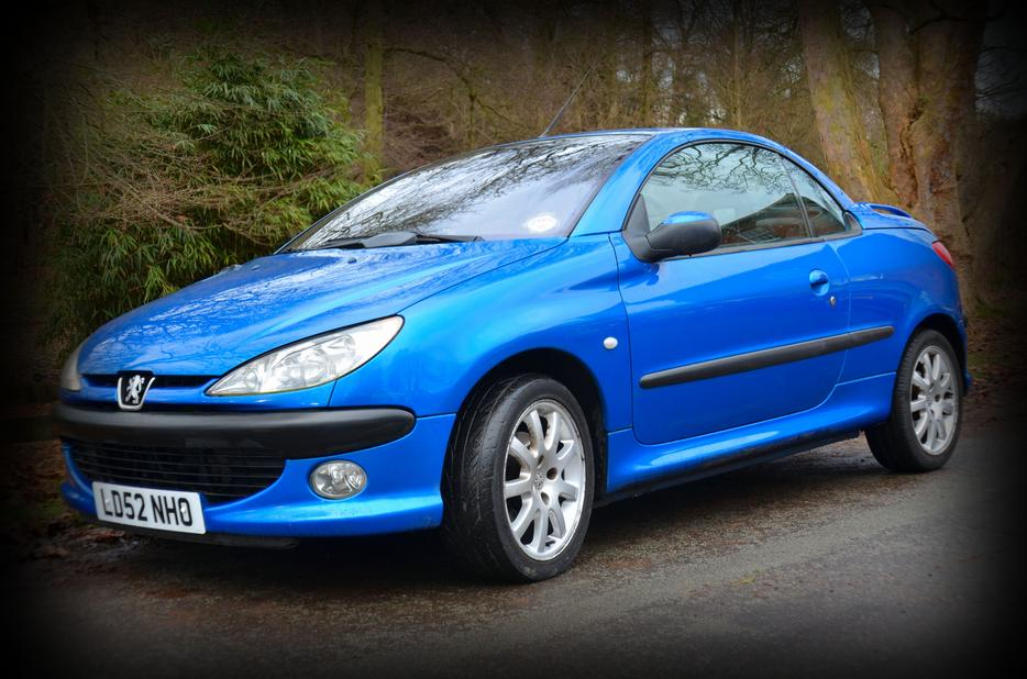 peugeot 206 cc stunning electric blue sedgley dudley. Black Bedroom Furniture Sets. Home Design Ideas