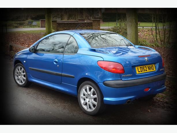 peugeot 206 cc stunning electric blue sedgley sandwell mobile. Black Bedroom Furniture Sets. Home Design Ideas