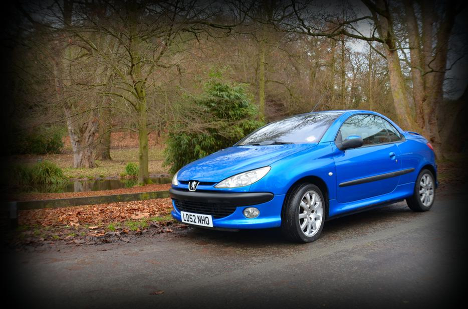 peugeot 206 cc stunning electric blue sedgley wolverhampton. Black Bedroom Furniture Sets. Home Design Ideas