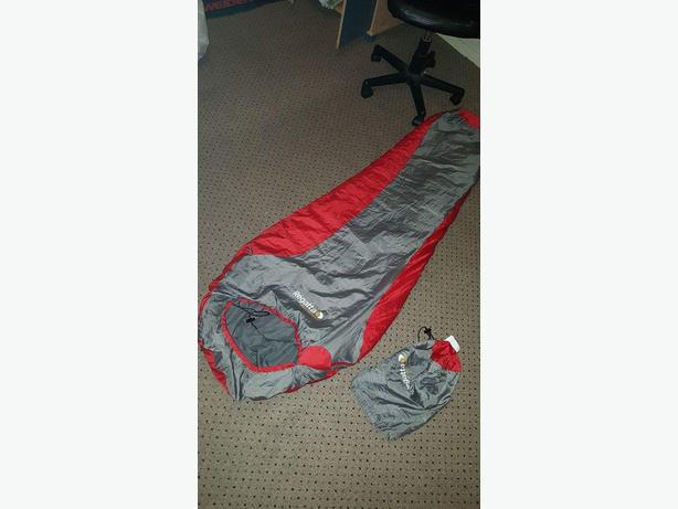 grey/red reggata sleeping bag
