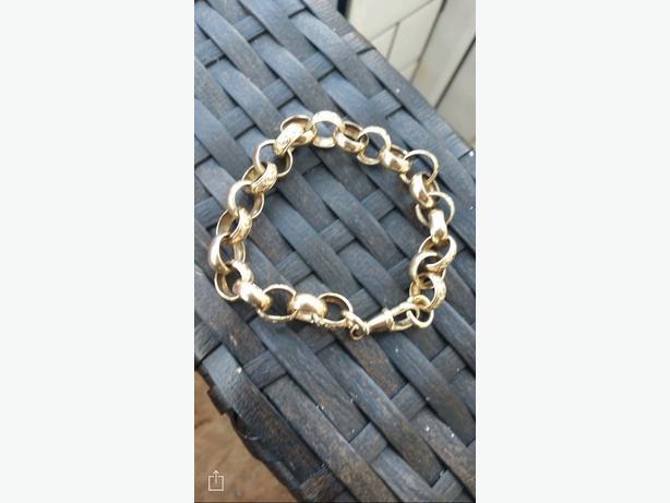 9ct gold belcher