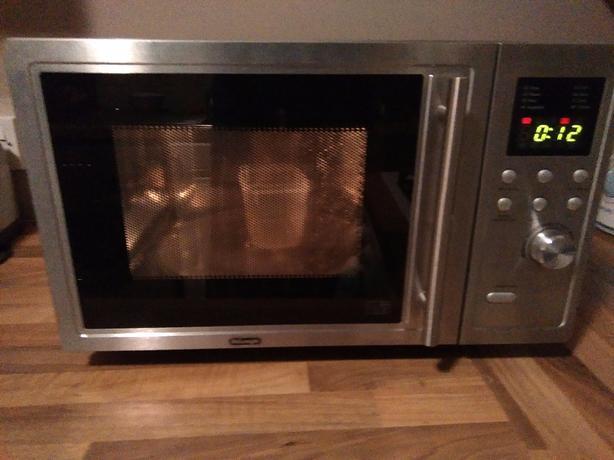 Delonghi AG820AGH Microwave