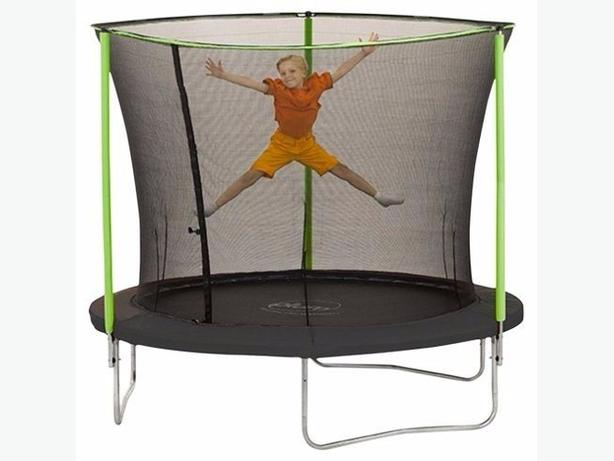 Trampoline & Enclosure 2.4m Plum 8ft ***BRAND NEW****
