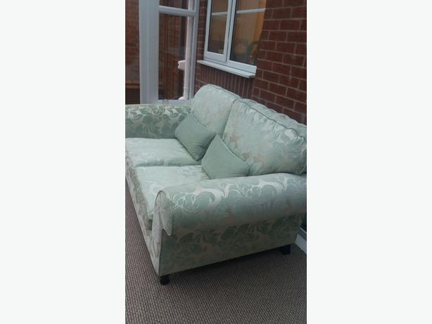 Settee for sale other sandwell mobile for Settees for sale