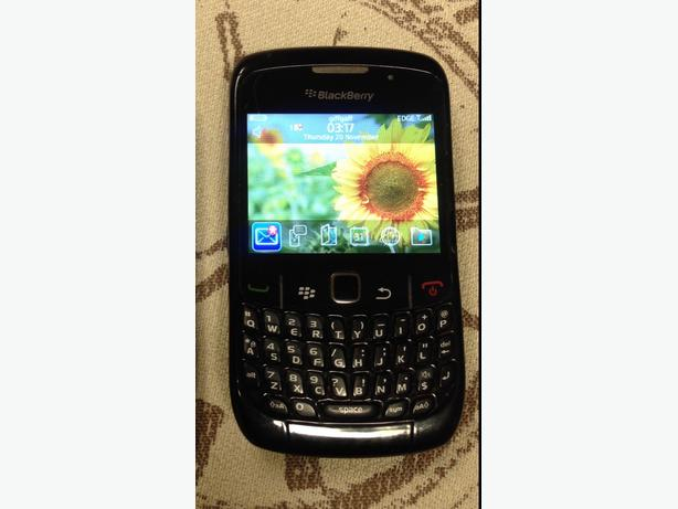Blackberry 8520 Factory Unlocked to any Networks Good Condition Can Deliver