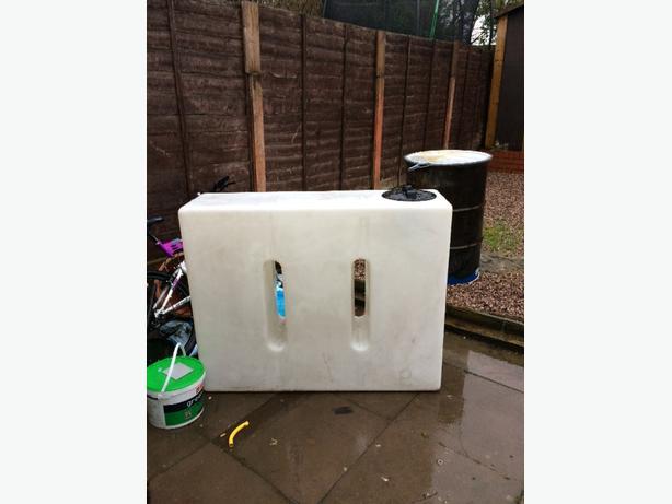 400 liter baffled water tank