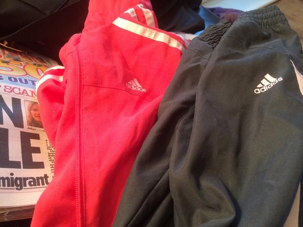 adidas infants tracsuit size 2/3 years