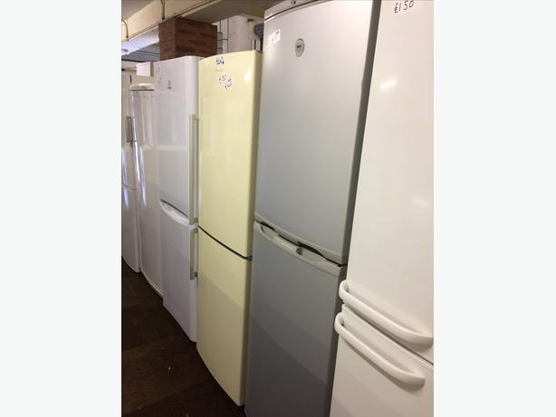 🇬🇧ZANUSSI FRIDGE FREEZER FROST FREE🇬🇧