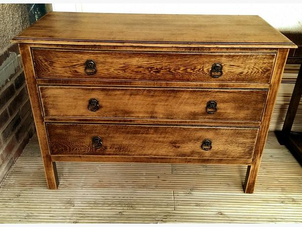 Solid oak, chest of drawers